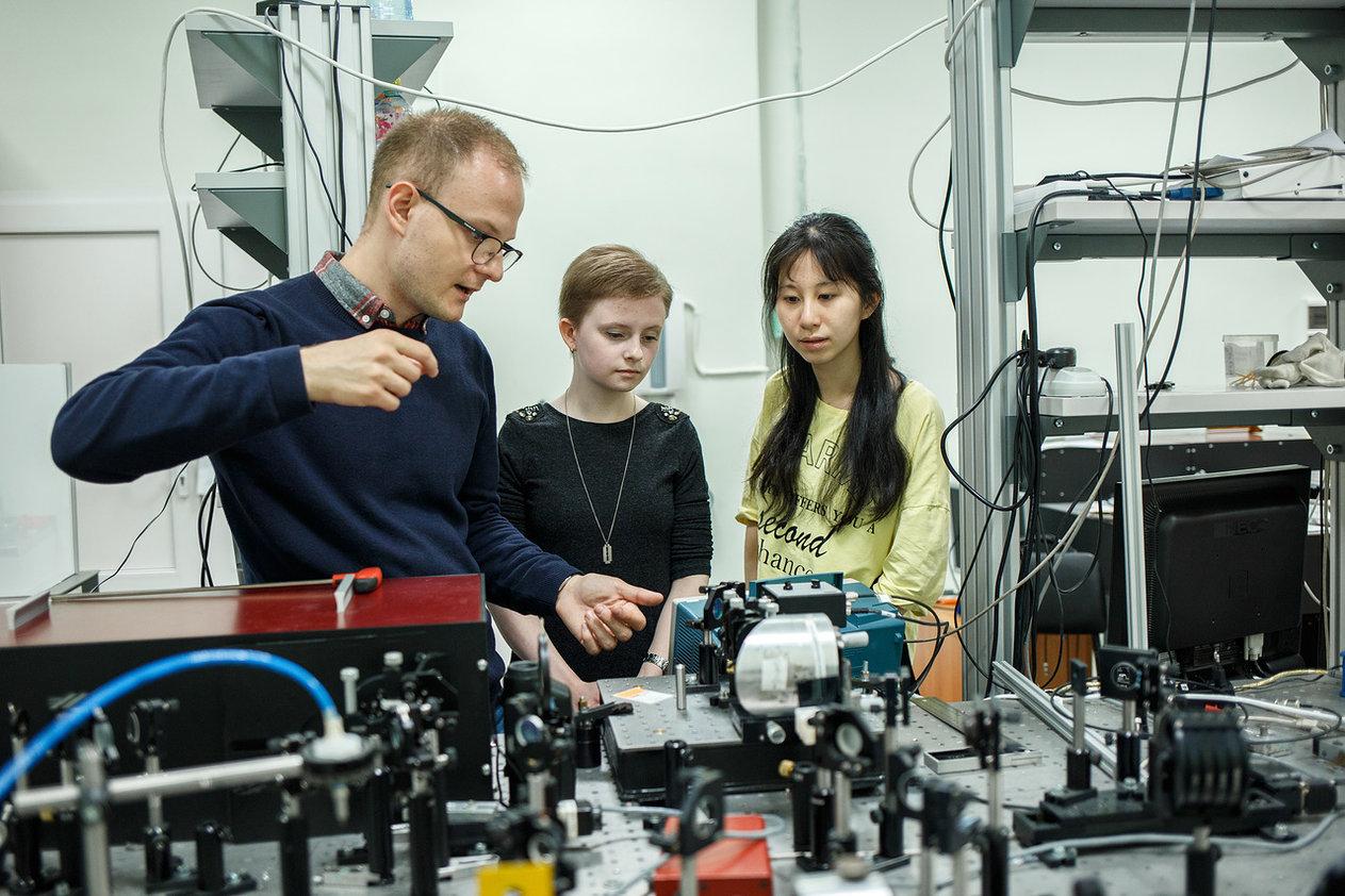 Тренд по фотонике и микроэлектронике